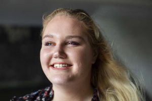 Alles Goed | Manon is open over haar psychose en depressie