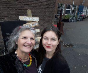 Frederike en ervaringsdeskundige Mirjam Giphart bij het Open MIND festival 2017